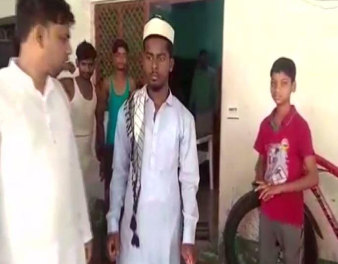 Mohammad Taj who was thrashed by miscreants for not chanting Jai Shri Ram in Kanpur, Uttar Pradesh on Friday. Photo/ANI