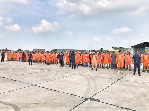 The Indian Air Force deployed around 140 NDRF personnel in Jamnagar on Tuesday.