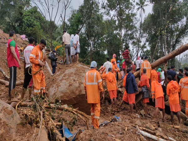 Visual of NDRF rescue operation at Kokkayar,Idukki where landslide occurred on Saturday(Photo/ANI)