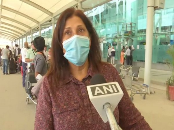 Manjeet Kaur, an NRI, appealed to people to maintain social distancing and look after everyone in need. Photo/ANI