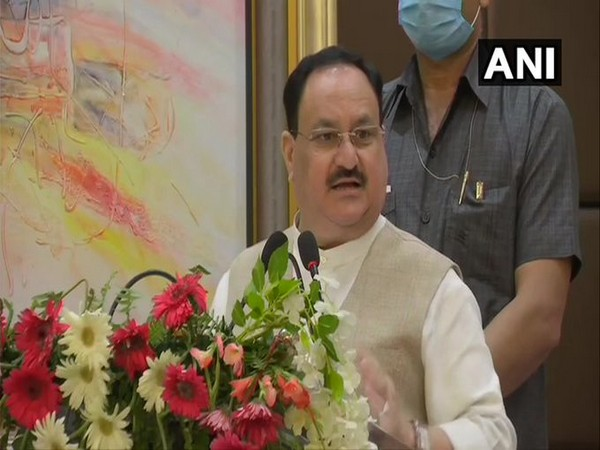 Nadda assures local traders of right market for their products under PM Modi leadership in West Bengal. Photo/ANI