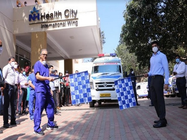 Devi Prasad Shetty, Chairman & Founder and Viren Shetty, ED & Group COO flagging off an ambulance rally organized during Narayana Health City's Single Emergency Response Number launch