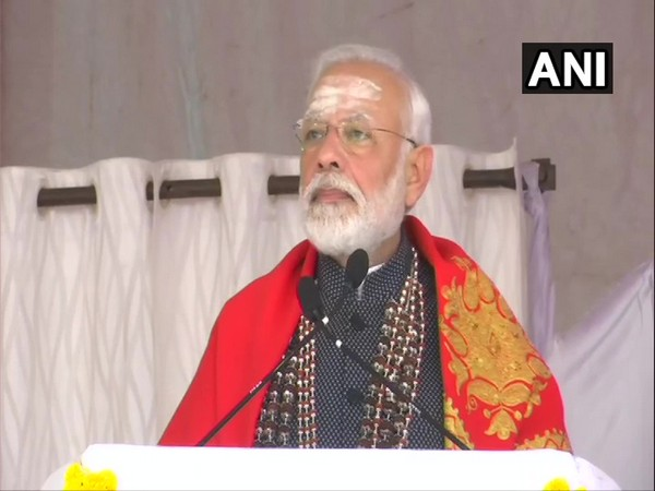 Prime Minister Narendra Modi speaking at Sree Siddaganga Mutt in Tumakuru, Karnataka, on Thursday. Photo/ANI
