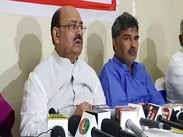 Former Bihar minister Narendra Singh addressing a press conference on Tuesday in Patna. Photo/ANI