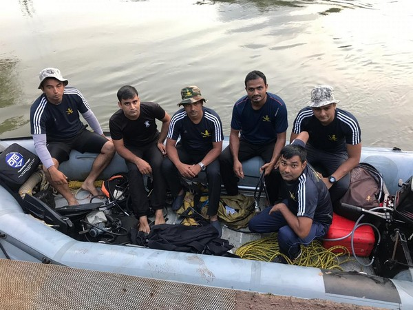 The six member team of the Indian Navy which is carrying out search operations in South Goa. Photo/ANI