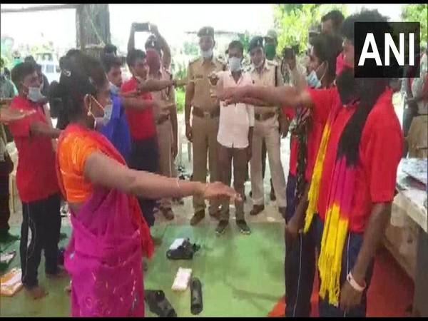18 naxals surrender in in Dantewada district under 'Loan Varatu' campaign on Wednesday. (Photo/ANI)