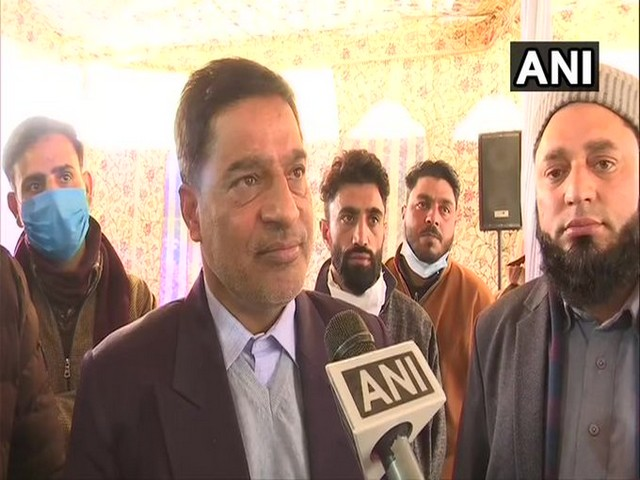 Nazir Ahmad Khan, Budgam (J&K) DDC Chairman on Wednesday discussed the issue of development with a group of 24 foreign envoys, who are on a two-day visit to the Union Territory.