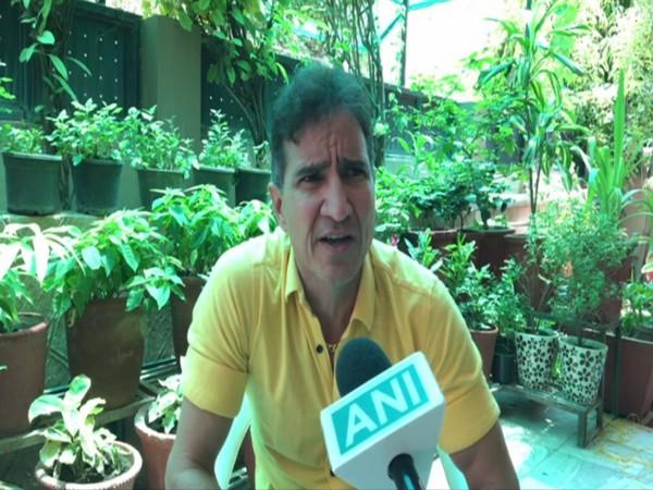 Complainant Neeraj Yagnik speaking to ANI in Indore, MP on Saturday. Photo/ANI
