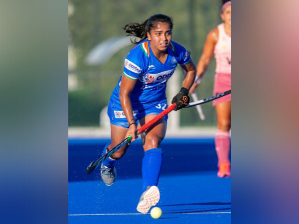 Midfielder Neha Goyal (photo/ Hockey India)