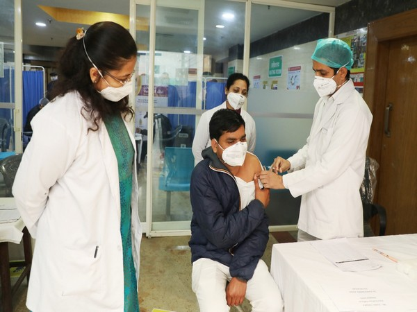 Dry Run of COVID -19 vaccination takes place at Northern Railway Central Hospital (Photo ANI)