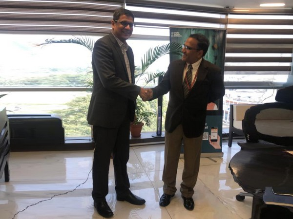 Noshin Kagalwalla, VP & MD , SAS India & Dr Indu Bhushan, CEO, National Health Authority
