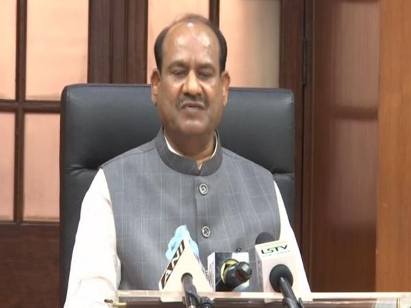 Lok Sabha Speaker Shri Om Birla hoisting the National Flag on the Nation's 73rd Independence Day in Parliament House, New Delhi on 15 August 2019.