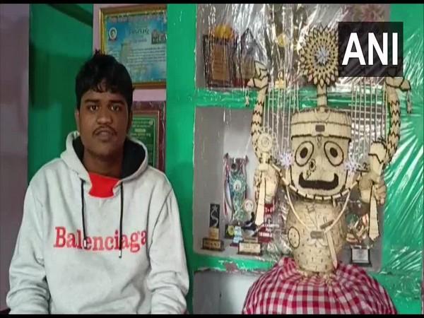 An artist makes an idol of Lord Jagannath with 3,635 matchsticks (Photo ANI)