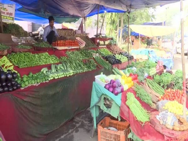 A vegetable market in Bhopal.
