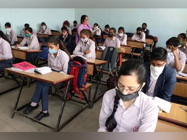 [New CBSE Syllabus 2021-22 Class 10] MCQ Type CBSE Question Banks launched for Term 1 & 2 Board Exams with special assessment scheme