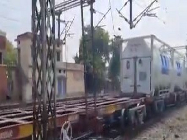 Screengrab from a video tweeted by Railway Minister Piyush Goyal.