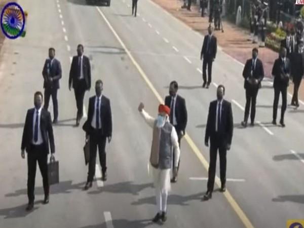 Visual of PM Modi greeting the public. (Photo/ANI)