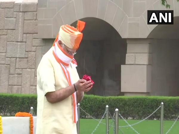 Prime Minister Narendra Modi at Rajghat on Saturday. (Photo/ANI)