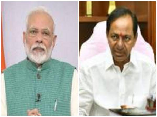 Prime Minister Narendra Modi (l) and Telangana Chief Minister KCR