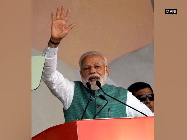 Prime Minister Narendra Modi addressing a public gathering in Amethi on Sunday.
