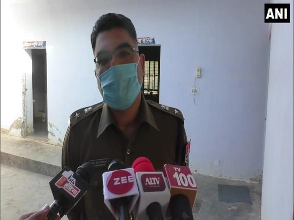 Dausa SP Anil Beniwal speaking to media. (Photo/ANI)