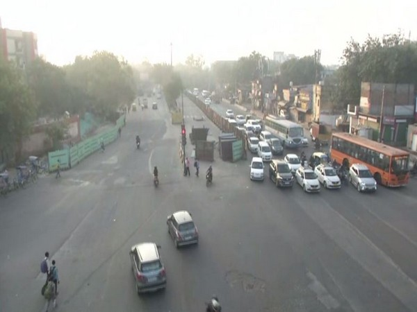 AQI remains in 'very poor' category in Delhi. Photo/ANI