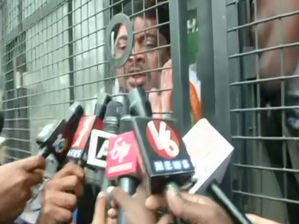Visual of Congress leader Ponnam Prabhakar detained by police (Photo/ANI)