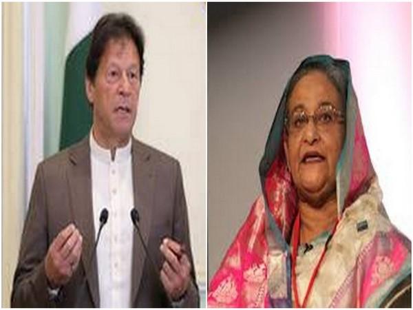 Pakistan Prime Minister Imran Khan (L) and his Bangladeshi counterpart Sheikh Hasina (R)