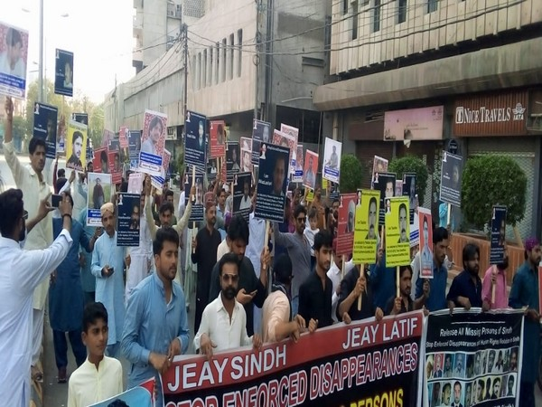 Protest held outside the Karachi Press Club (KPC) on Sunday against the rising incidents of enforced disappearances in the Sindh province.