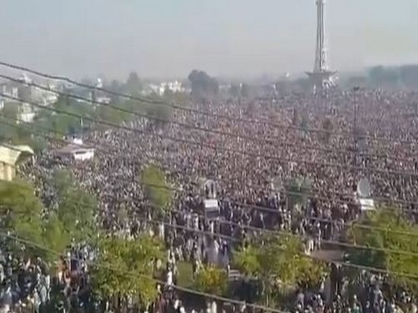 More than 2 lakh TLP supporters participated in the funeral of party chief Allama Khadim Hussain Rizvi.