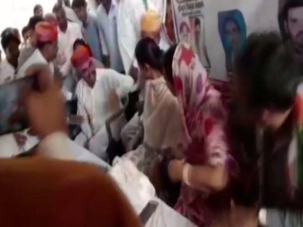 Visuals from the Congress election campaign event on April 26.