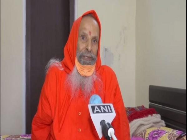 Yugpurush Parmanand Giri Maharaj speaking to ANI in Ayodhya on Monday. Photo/ANI