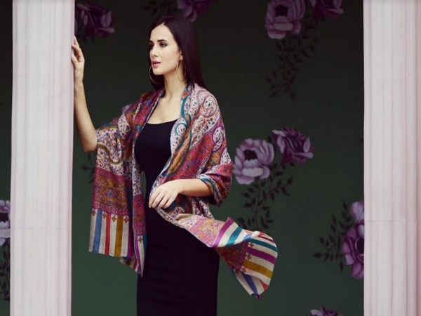 Shop the Best Pashmina on www.iekwat.com