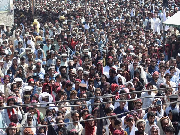 "Pashtuns in Wana protest against sponsored ""good Taliban"" on Sunday"