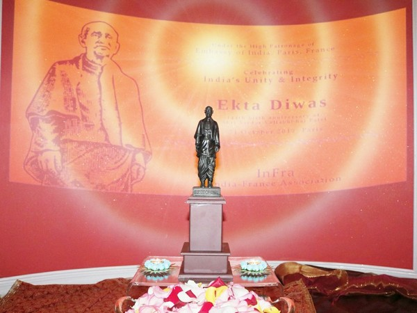 'Ekta Diwas' was celebrated to mark the 144 birth anniversary of Sardar Patel (Photo tweeted by Indian Embassy in France)
