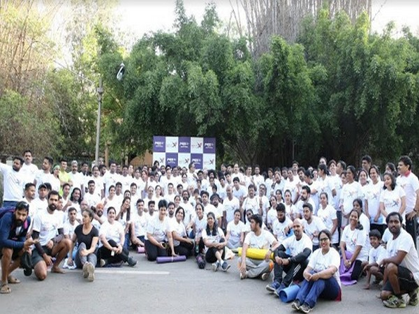 Peps Joint Mangaing Director Mr. G Shankar Ram with participants of the Peps Wake Up Day 5k Run