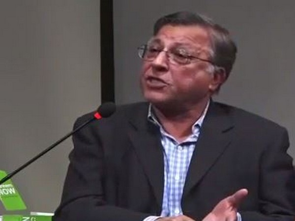 Pakistani nuclear physicist Pervez Hoodbhoy speaking at a cultural festival in Karachi.