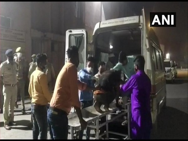 Injured being taken to hospital for treatment in UP's Pilibhit