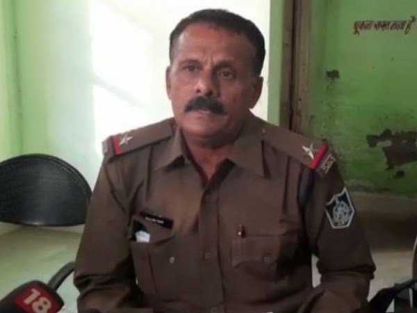 Azad Nagar Assistant Sub Inspector Vikram Singh speaking to ANI in Indore on Tuesday. (Photo/ANI)
