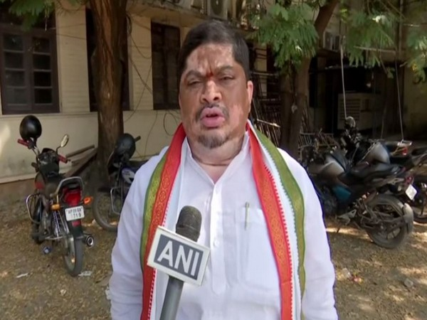 Congress leader Ponnam Prabhakar speaking to ANI in Hyderabad on Saturday [Photo/ANI]