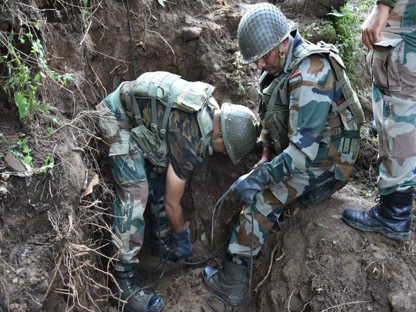 Indian Army destroys three mortar shells of Pakistan Army