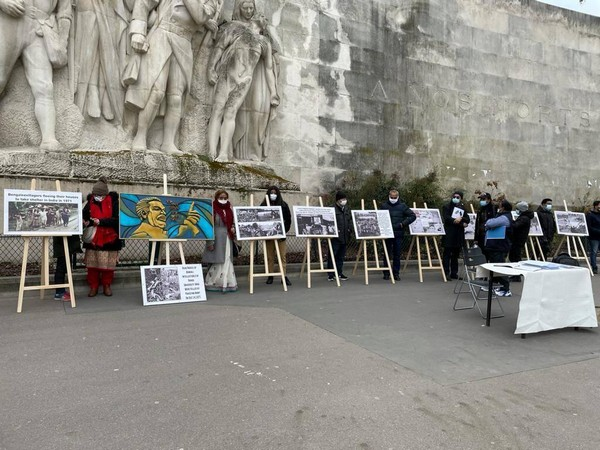 Bangladeshi expat organises poster exhibition at Eiffel tower highlighting 1971 genocide by Pakistan Army (ANI)