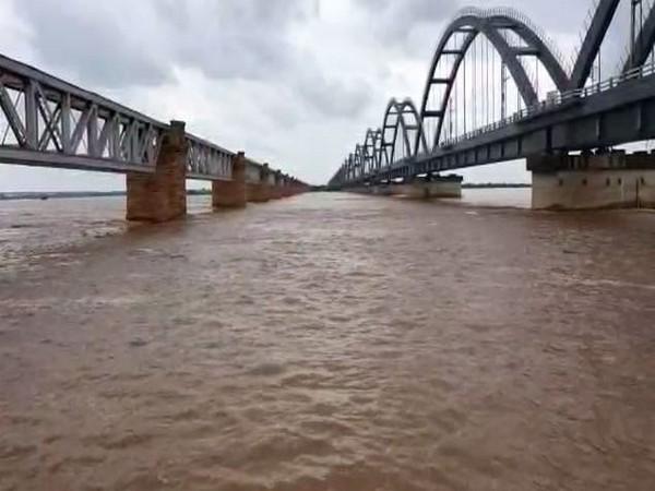 Water level recedes at Sir Arthur Cotton Barrage, Andhra Pradesh on Wednesday. (Photo/ANI)