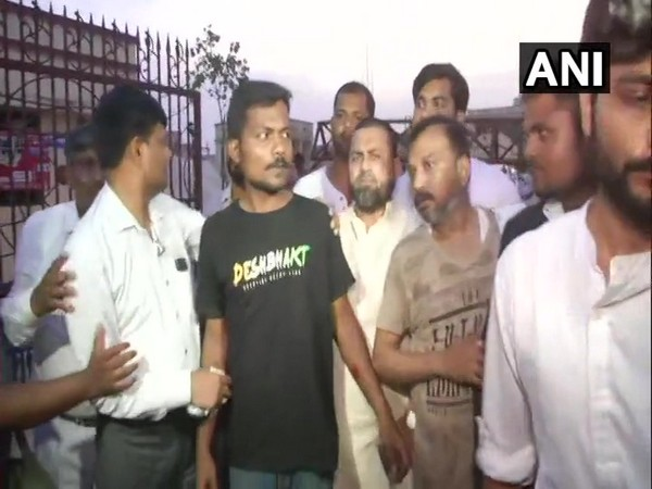 Journalist Prashant Kanojia (in black T-shirt) coming out of Lucknow jail on Wednesday.