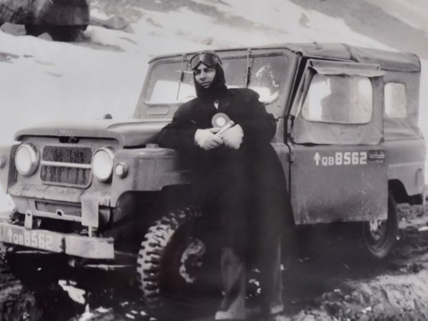 ANI Chairman Mr Prem Prakash at Ladakh (14,600 ft) on the way to Daulet Beg Oldie, India-China War 1962.