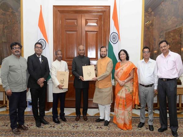 On the anniversary of Quit India Movement, I&B Minister Prakash Javdekar presented 'Gandhi Albums' to President Kovind.