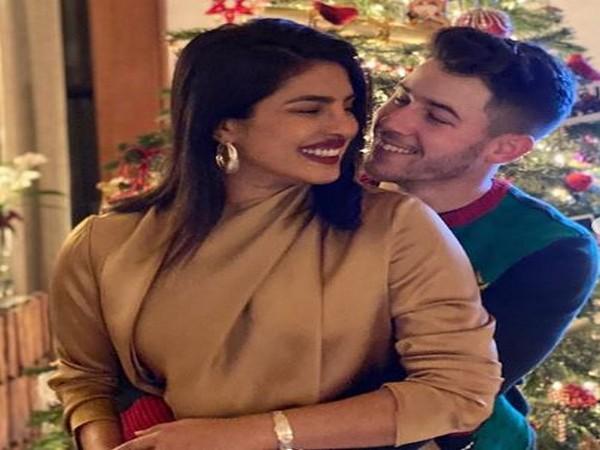 Priyanka Chopra with husband-singer Nick Jonas (Image courtesy: Instagram)