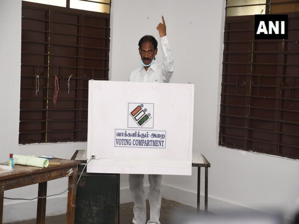BJP Puducherry President and candidate from Lawspet constituency, V. Saminathan casts his vote (Photo/ANI)