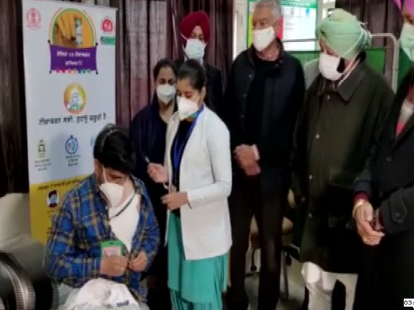 Punjab Chief Minister Captain Amarinder Singh visits Civil Hospital in Mohali during vaccination drive (Photo/ANI)