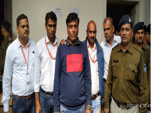 MP: Man arrested for impersonating SP Yusuf Qureshi to extort money. Photo/ANI